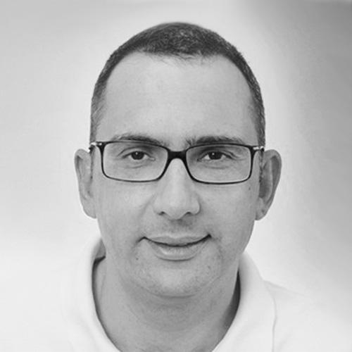 Dr. Ilya Mer